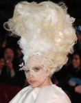 Lady-Gaga-Funky-Hairstyle-640x816